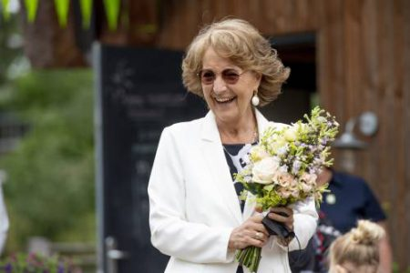 Prinses Margriet Bezoekt Onky Donky Huis (rotapool)